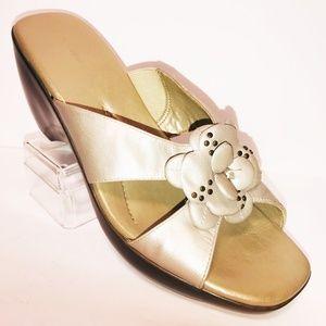 Easy Spirit10 M Estalha Matte Gold Wedge Sandals